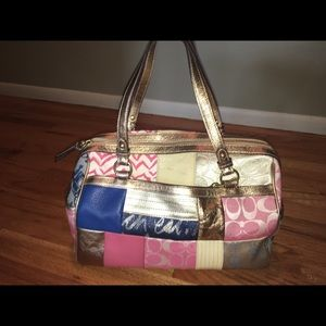 Coach  LIKE NEW Vintage Patchwork medium sized bag